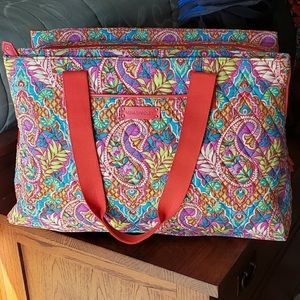 VERA BRADLEY PAISLEY N PARADISE TRIPLE COMPARTMENT